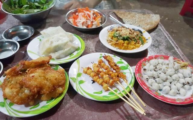 Phan Thiết nổi tiếng với những món ăn thơm ngon bổ, rẻ
