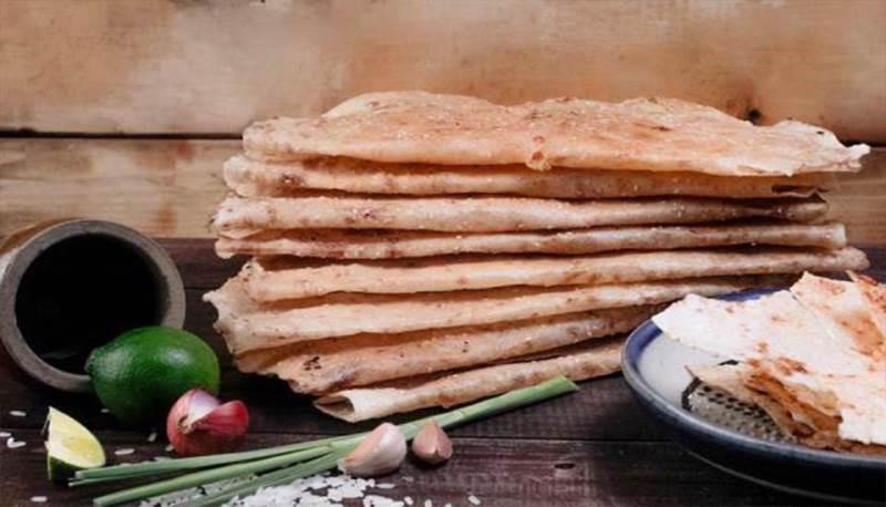 Bánh tráng chấm mắm ruốc thơm ngon đặc biệt tại Phan Thiết